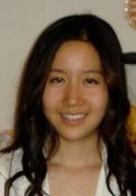 组图:美华裔女教师涉嫌性侵学生 生活照曝光