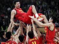 中国篮球天才15岁身高超2米 留洋欧洲未来或进国家队