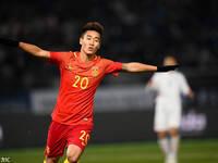 东亚杯-国足1-1朝鲜获第三 韦世豪破门