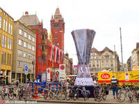 欧联杯决赛一触即发 巴塞尔足球氛围火爆