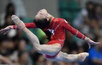 中国体操终复苏 18岁美少女夺全能冠军