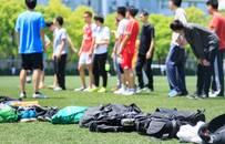 大佬们的足球战事:没股权、巨亏……足球投资是好生意吗?