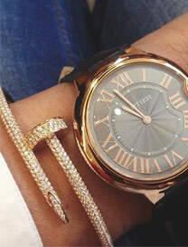 手表?手镯?买就要买一套