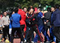 足协杯资格赛再惹争议 发生冲突场面火爆双方