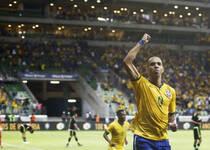 巴西2-0墨西哥 鲁能塔神建功