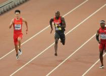 亚洲速度!中国男子百米接力夺银创造历史