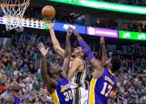 NBA-科比11中1湖人吞48分惨败