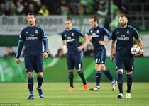 欧冠-BBC哑火 皇马客场0-2爆冷负狼堡