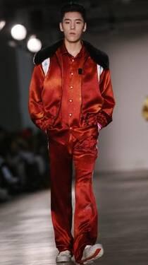 王子异伦敦时装周国际首秀