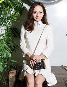 张嘉倪5套造型化身甜美公主