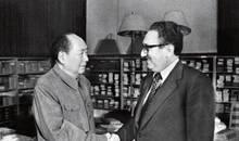 基辛格访华期间何事引毛泽东一笑:有个人会告诉我