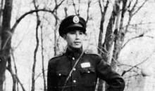 """黄百韬追悼会上蒋介石说了什么让黄沦为""""笑柄""""?"""