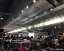 重庆机场一晚两次遭无人机干扰 上万人受影响