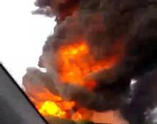 山东济南高速4车追尾现场 伤亡不明
