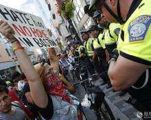美国波士顿爆发大规模反种族主义示威