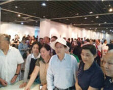 首届南京市花鸟画研究会理事会成员作品展开幕