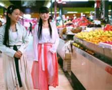 """有意思!南京上演菜市场版""""汉服秀"""""""