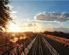 周游星说|丝路上的火车,从维多利亚女王号到坦赞铁路