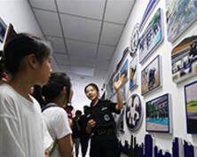 南京鐵路公安處特警支隊開展警營開放日活動(組圖)