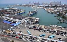海口市紧急通知今天继续放假 离岛机票近2万仍一票难求