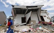 又发现遇难者遗体 印尼地震已致2091人死亡