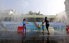 中国驻缅使馆:泼水节尊重当地风俗习惯 注意安全
