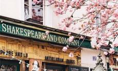 走过巴黎的一条街,我们就见到了门该有的样子