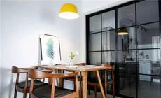 87㎡北欧三居,两面玻璃墙让暗厨通透宽敞!