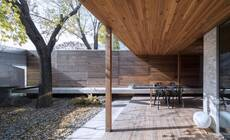 建筑师为自家打造豪宅,院子多到像公园!