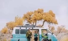 小情侣爆改4m2房车,8个月环游大半中国!