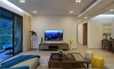 电视背景墙不要太复杂,纯色墙也很好看