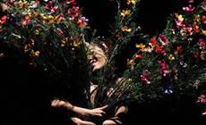 《花间十二声》:舞台上,是自然,亦是人间