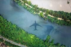 摄影师以飞行员视觉拍摄的照片