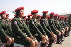缅甸果敢同盟军女兵大量真实照片曝光