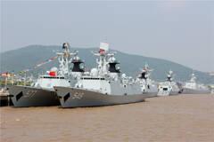 五一节实拍东海舰队某军港
