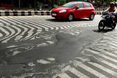 印度高温致近800人死亡 新德里道路融化
