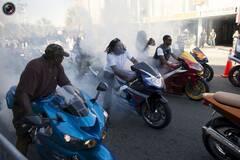 美国黑人摩托周狂欢现场