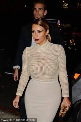 时尚女星名模穿透视装秀丰乳肥臀 260