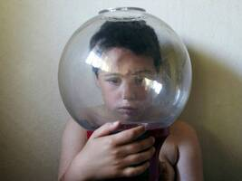 自闭症儿童可否进入普通学校?