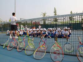 """开学季 """"中网小画家""""为蒲公英中学带来一堂特别的网球公开课"""