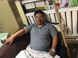 暖闻|胸挡三轮车救人男子:已捐千元慰问金,缺牙就当是勋章