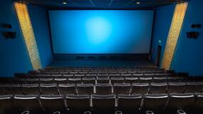 大年初一电影票房13亿:观影的走高是在替代串门的消逝