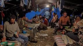 北漂农民工:月薪5000元 老家地荒了