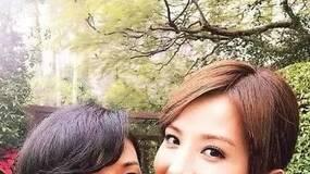蔡卓妍有今天,全因为有个女强人的妈妈