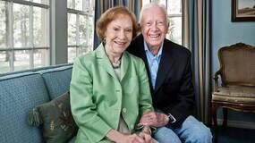 92岁美国前总统卡特当建筑义工晕倒 第二天重返工地