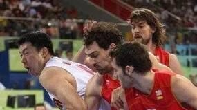 08奥运中国男篮VS西班牙发挥极佳的大郅为何被换下?