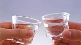 喝白酒能抗癌?看看酒业是如何扭曲营养科学的!