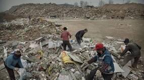 北京的垃圾场,是16万拾荒者的家