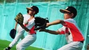 """棒球""""孤儿"""""""