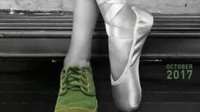 《芳华》,一只无法脱下的意识形态绿军鞋